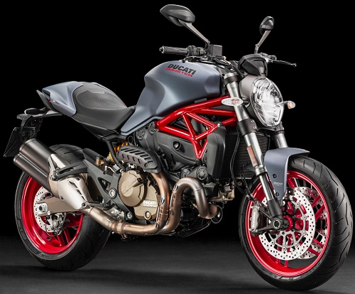 Ducati Monster 821 17 rv