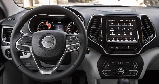 Jeep Cherokee 18 dash
