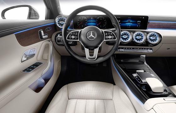 Mercedes Benz A Klasse Limousine Komt Eind 2018 Www Ab Magazine Nl
