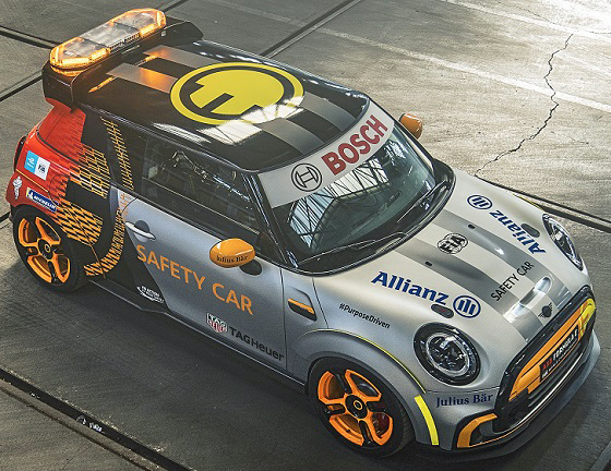 MINI Electric JCW safety Car FE 21 lv boven